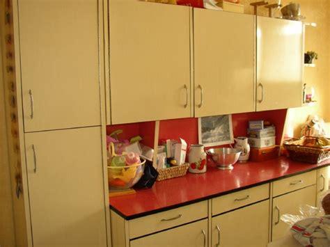 relooker sa cuisine en formica formica cuisine chaios throughout meuble cuisine formica