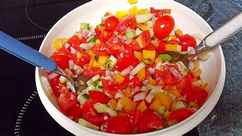 zucchini tomaten salat zucchini tomaten paprika salat rezept mit bild chefkoch de