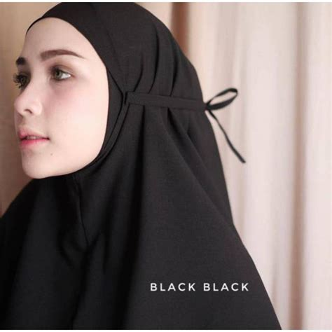 promo stok terbaru hijab instan bergo maryam bahan diamond italiano  maroon shopee indonesia