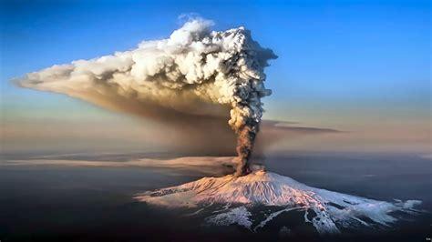 Volcano Wallpaper ·①