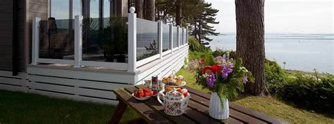 lodge  holiday home decking vinyl solutions