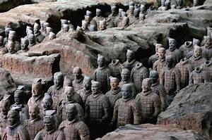 Ancient Terracotta Warriors to Be Shown at the Met | artnet News  Terracotta