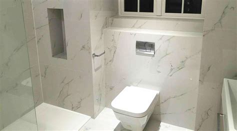 large porcelain tiles for small bathrooms