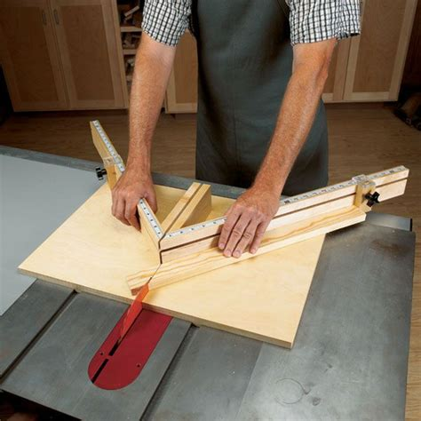 shopmade tablesaw miter sled woodworking plan  wood