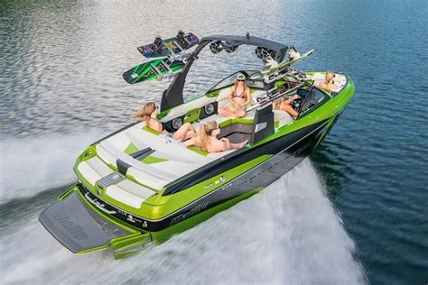 Malibu Boats Loudon Tn Careers by Malibu Introduces The All New Wakesetter 22 Vlx For 2015