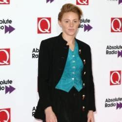 La Roux on Female First