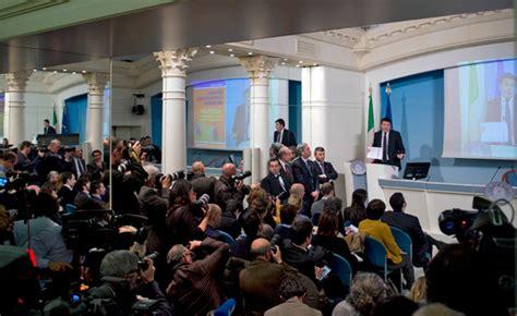 Comunicato Consiglio Dei Ministri by Governo Cdm Norme Quot Ripresa Quot Il Comunicato Impresamia