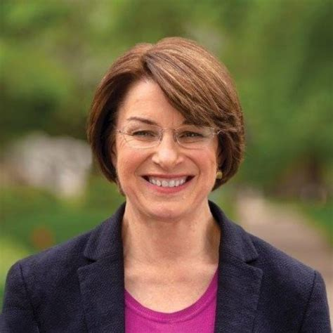 sen amy klobuchar joins  crowded democratic
