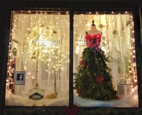 ideas for christmas shop window display day dreaming and decor