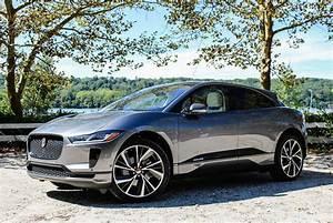 Jaguar I Pace : jaguar i pace review is it better than a tesla model x gear patrol ~ Medecine-chirurgie-esthetiques.com Avis de Voitures
