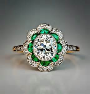 emerald wedding ring 1920s deco emerald platinum engagement ring at 1stdibs