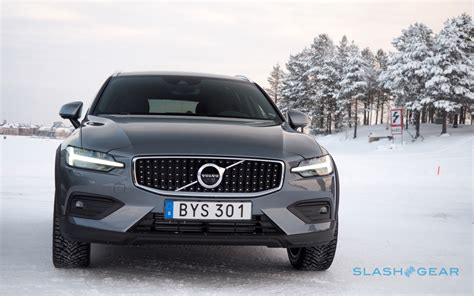 volvo  cross country gallery slashgear