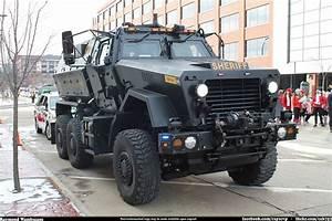 File:Summit County Sheriff SWAT MRAP - 15909118972.jpg ...