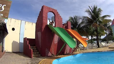 Dual Drop Water Slide At Acquamania