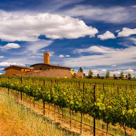 washington wineries solare col state winery wine food visit