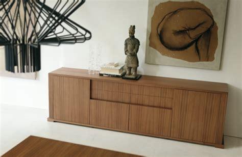Kommode Für Schlafzimmer Oder Wohnzimmer Moderne Kommode Sorgt Für Ordnung Im Wohnzimmer Und