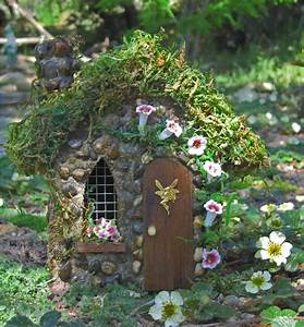 Barb39s botanical garden fairy gardens for Fairy garden houses