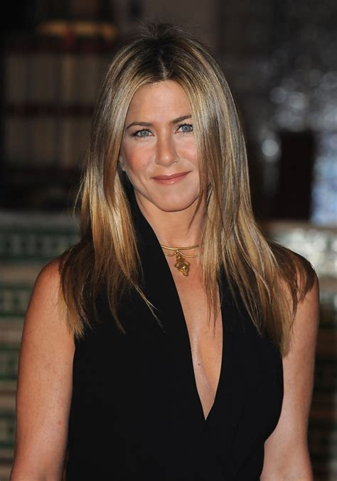 jennifer aniston layered cut jennifer aniston