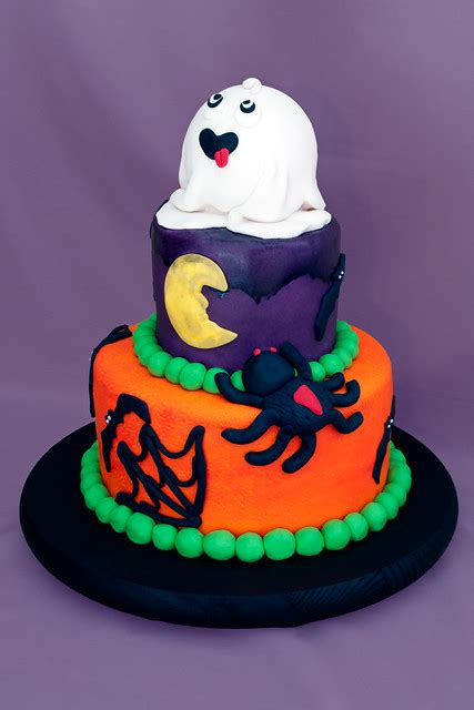 halloween birthday cakes  kids  collections cake