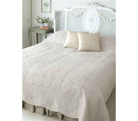 Neutral Bed Covers by Oyster Bedspreads Quilt Bedding