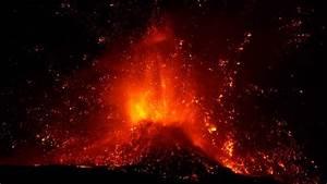 Eruption Of Volcano Etna  Spectacular Paroxysm