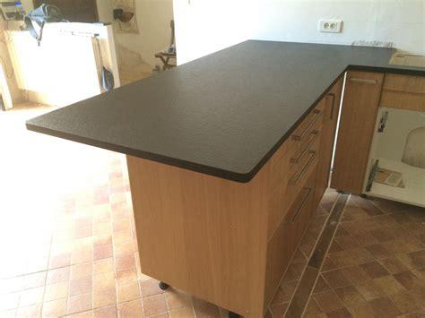 cuisines proven軋les réalisation de plan de travail de cuisine en granit noir à salon de provence tailleur de pierres marseiile décoration provençale pierres