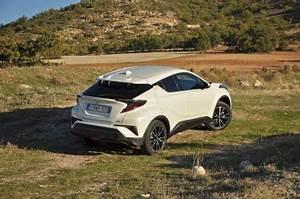 4x4 Toyota Hybride : toyota c hr le crossover hybride l 39 essai ~ Maxctalentgroup.com Avis de Voitures
