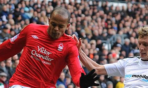 Crystal Palace close in on Derby defender Dean Moxey ...
