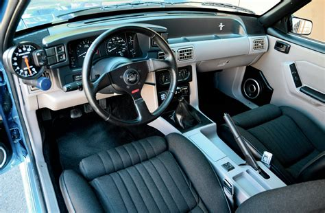 ford mustang interior photo   ford