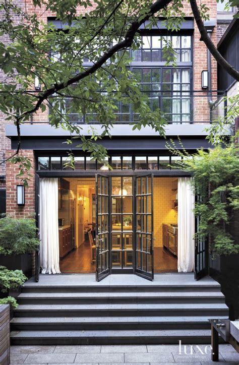 york brownstone brownstone interiors  york