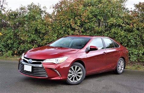 toyota camry 2017 toyota camry hybrid xle the car magazine