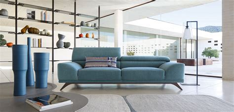 roche bobois canape cuir this sofa looks amazing roche bobois three seats