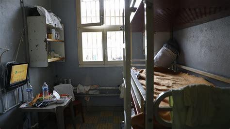 chambre prison surpopulation carcérale situation critique dans les