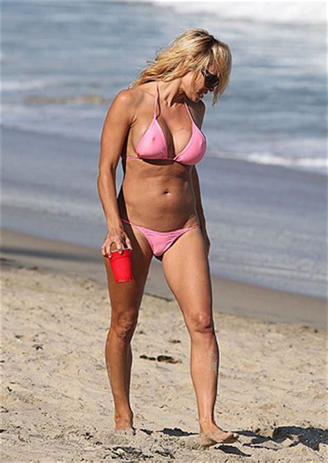 lilian klebow swimsuit a bikini pet 237 ci 243 csecsebecse