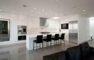Modern White Living Room Furniture Image