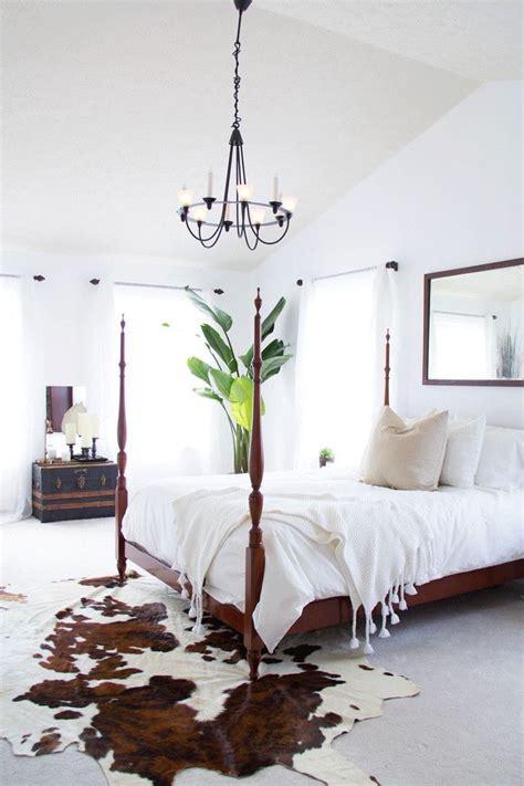 Cowhide Rug Bedroom by White Rustic Interior Rugs Cow Hide Rug Rustic