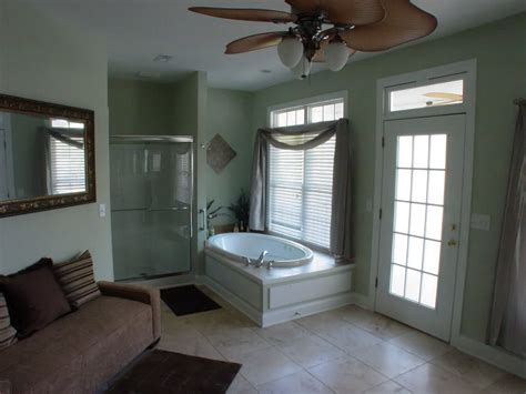 decorating ideas for bathrooms on a budget bathroom astounding master bathroom design ideas pictures