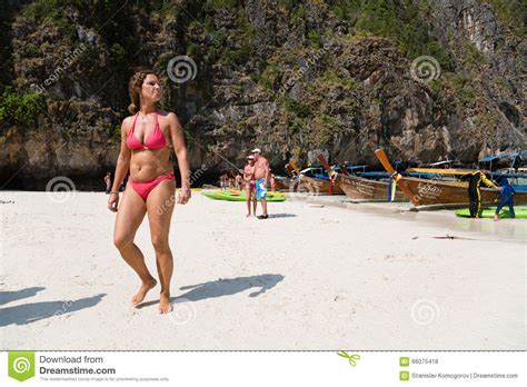 Tourists Relax On Phi Phi Leh Island Editorial Stock Photo Iphone Wallpapers Free Beautiful  HD Wallpapers, Images Over 1000+ [getprihce.gq]