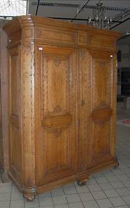 Armoire Deux Portes : armoire en ch ne ouvrant deux portes pans arrondis et ~ Teatrodelosmanantiales.com Idées de Décoration