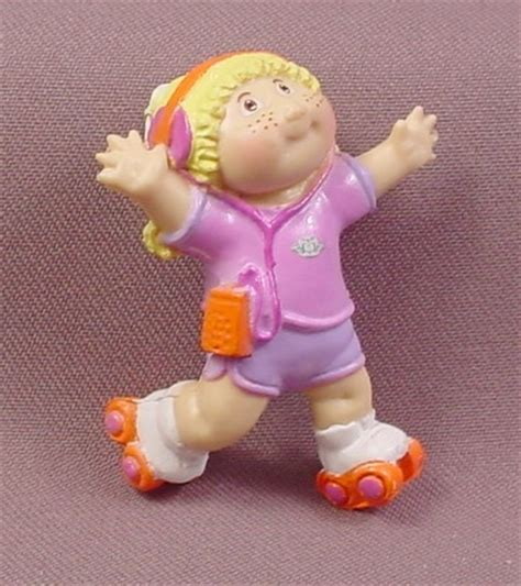 cabbage patch kids mini pvc figure roller skating pink