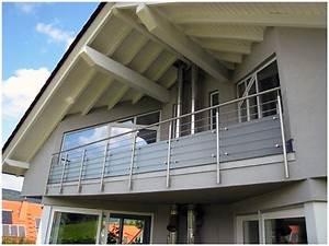 Edelstahl Sichtschutz Metall : begehbare balkonanlage mit gitterrost balkongel nder aus edelstahl mit horizontaler stabf llung ~ Orissabook.com Haus und Dekorationen