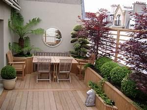 Petit Jardin Moderne : idee deco cour exterieur avec am nagement cour ext rieure sur plusieurs niveaux idees et ~ Dode.kayakingforconservation.com Idées de Décoration