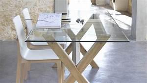 Table a manger verre et bois for Salle À manger contemporaineavec table a manger verre et bois