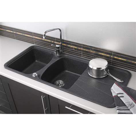 installer evier cuisine evier à encastrer granit et résine noir korona 2 bacs