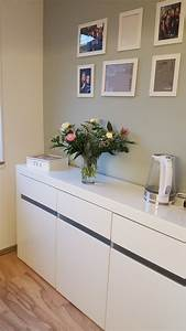 Kommode Für Küche : meine zus tzliche kommode in der k che die f r mehr stauraum sorgt wandfarbe alpina feine ~ Frokenaadalensverden.com Haus und Dekorationen