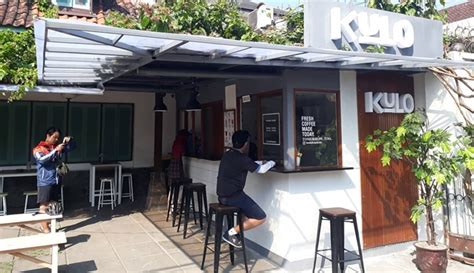 coffee shop  bandung tempat nongkrong asyik