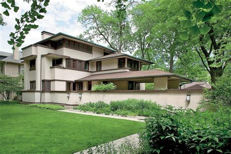 Why Frank Lloyd Wright Homes Sell for Less Than You'd