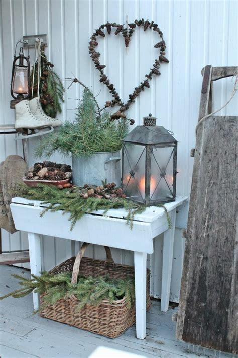 Weihnachtsdeko Für Die Gartenbank by Weihnachtsdeko Auf Dem Balkon Im Winter Gestalten 16