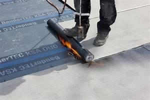 Bitumen Dachschindeln Verlegen : flachdachabdichtung i bitumenbahnen dach baustoffwissen ~ Whattoseeinmadrid.com Haus und Dekorationen