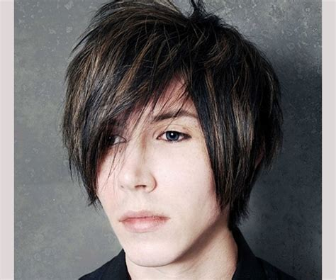 Emo Hairstyles For Guys 35 Magnificent Collections Slodive